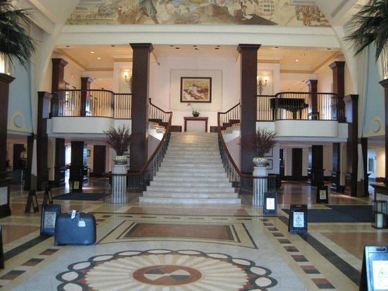 British Colonial Hilton Nassau : When you first step into hotel