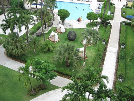 British Colonial Hilton Nassau: The view from our room