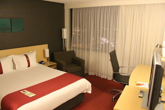 Holiday Inn Melbourne Airport: Room