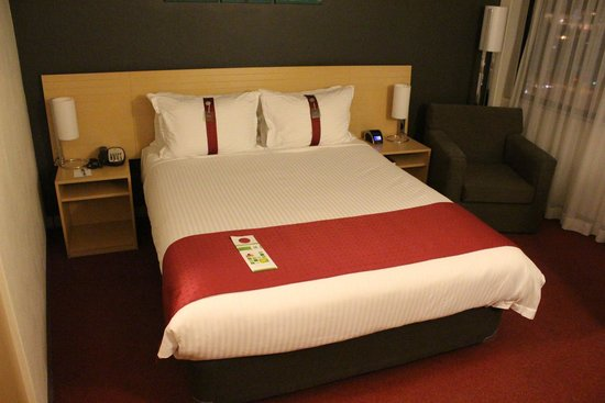 Holiday Inn Melbourne Airport: Comfy Queen Bed - Pillow selection