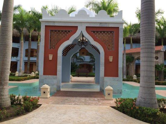Iberostar Paraiso Lindo: Courtyard