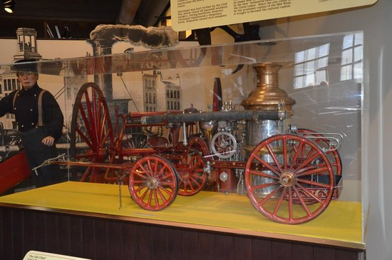 Cincinnati Fire Museum: Working models