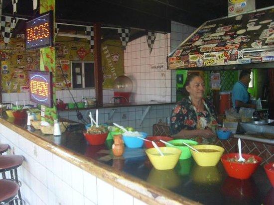 Mk taco : Cocinera de las ricas salsas desde hace 25 años
