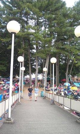 Saratoga Performing Arts Center: Walkway to SPAC