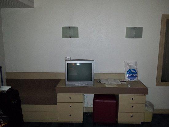 Mercure Nadi : Room 102