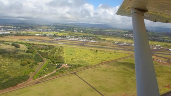 Air Ventures Hawaii: Lihue Airport