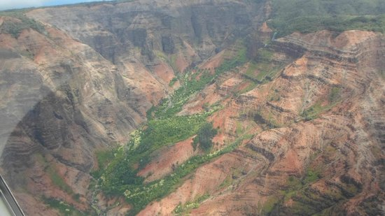 Air Ventures Hawaii: Waimea Canyon