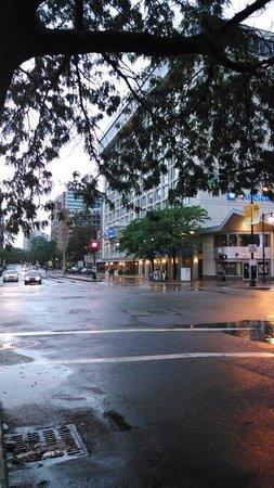 Wyndham Boston Beacon Hill: Wyndham Hotel start view. Quiet, safe area.
