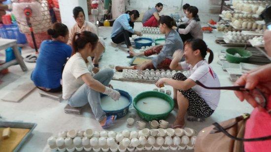 Hanoi Urban Adventures: Ceramic works