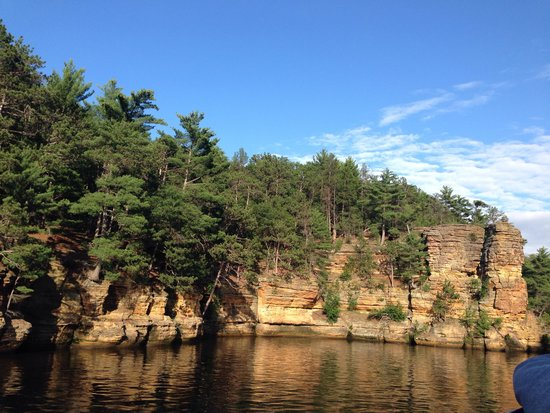 Dells Boat Tours: The upper Dells