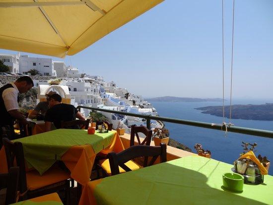 Remvi Restaurant: テラスからの眺望