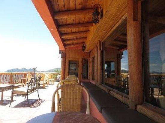 Posada Barrancas Mirador: The balcony off the dining room