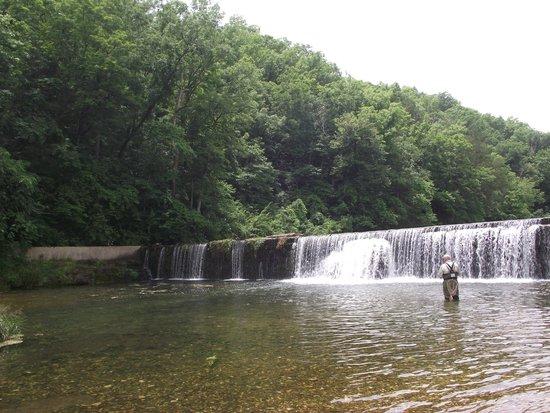Rockbridge Mill and stream