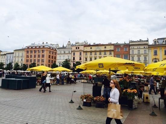 Marktplatz (Rynek Główny): town square