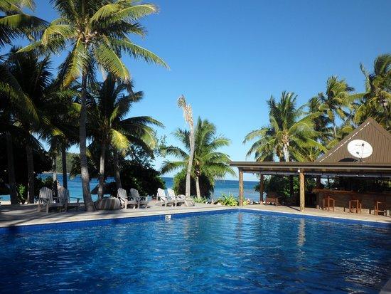 Paradise Cove Resort: Pool Area