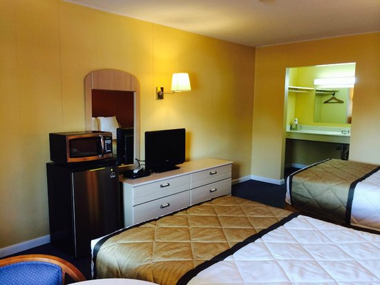 Duffys Motel: Double Bed 2