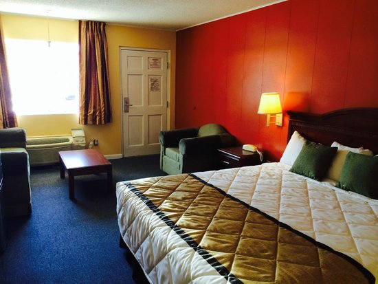 Duffys Motel: King 3