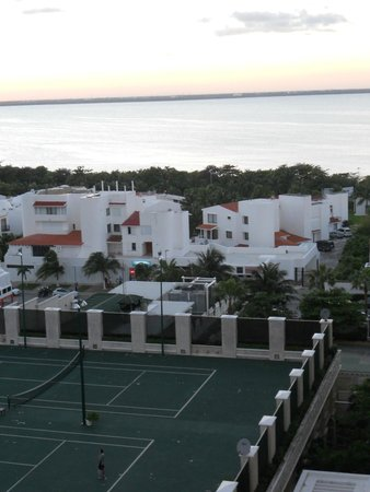 Sandos Cancun Lifestyle Resort : Tennis