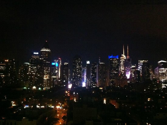The Press Lounge: New York City skyline on a clear night
