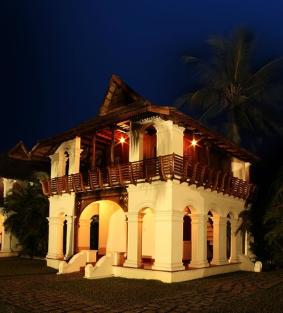 Soma Kerala Palace : Night view