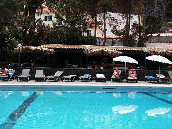 Dom Pedro Madeira : piscine du Dom pedro Baia