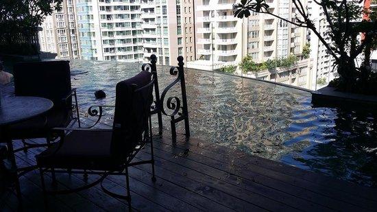 Hotel Muse Bangkok Langsuan, MGallery Collection: 19th floor Swimming pool