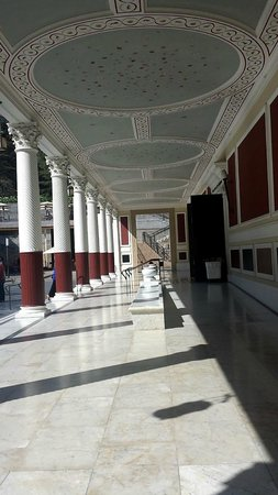 The Getty Villa: ceiling