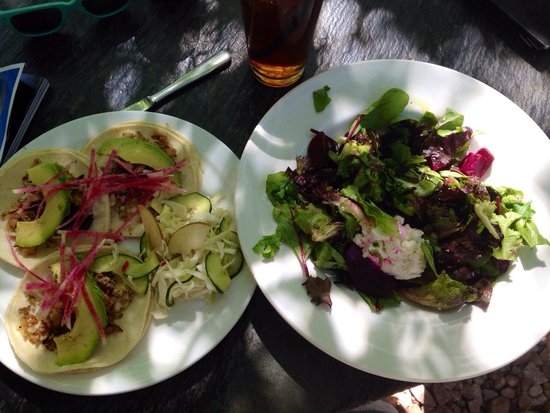 Sweet Pea Market and Restaurant: Smoked trout tacos & Beet & Truffle Honey salad