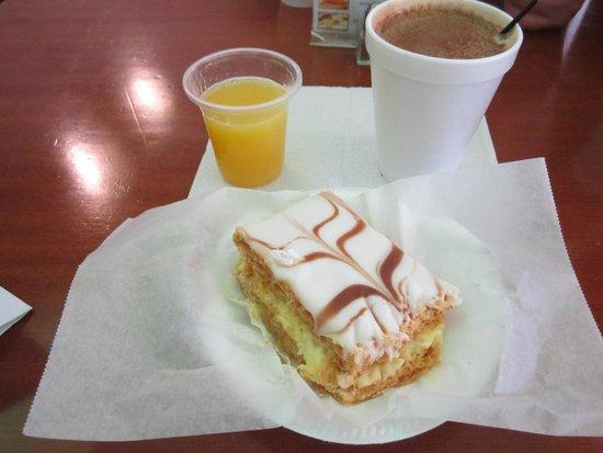 Las Canarias: Lovely quick morning breakfast.