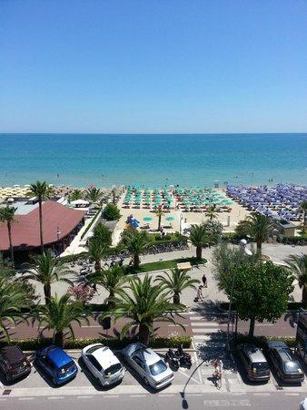 Hotel Impero: vista mare....... vera