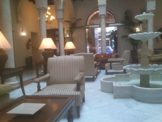 Vincci La Rabida Hotel : hall del hotel