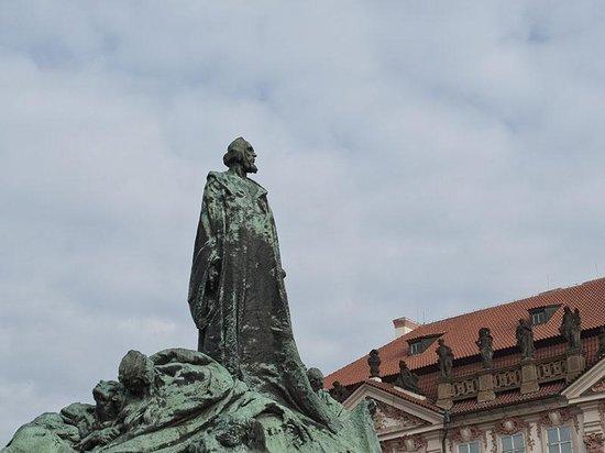 Prague4gay: Old Town Square