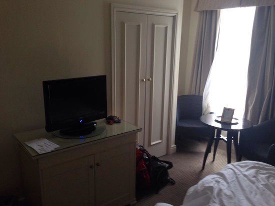 Park House Hotel: Quite a lot of furniture