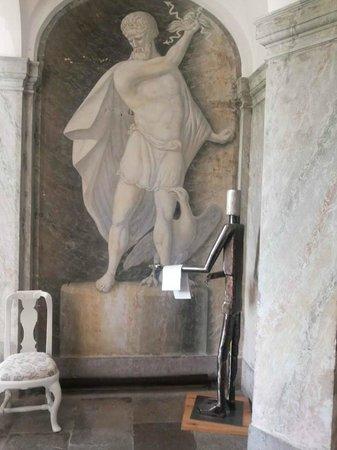 Husby Säteri: Inside Husby Castle