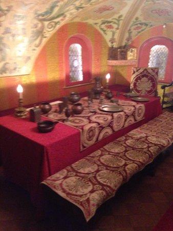 Chambers of The Romanov Boyars: Столовая