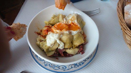 Restaurante El Pradillo: alcachofas con jamón y huevo