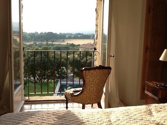 Les Terrasses: Zimmer Isabelle, Abendstimmung mit Blick auf den Garten