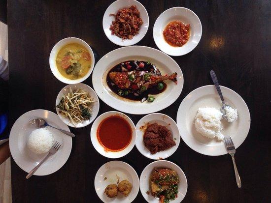 Rumah Makan Minang: Deliciously delightful