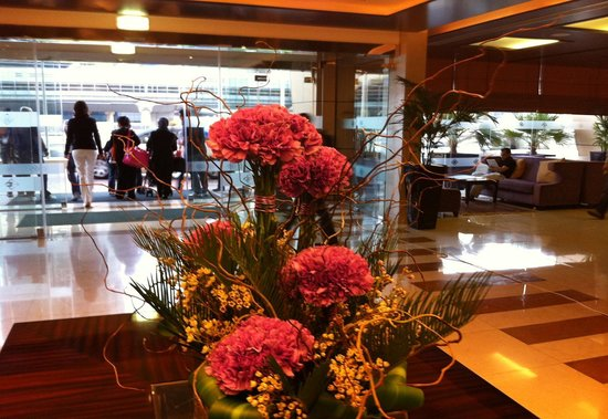 Gloria Hotel Dubai: Reception