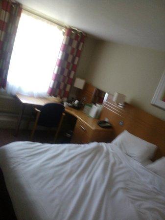 Sunningdale Park: comfortable room