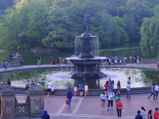 Bethesda Fountain: Fountain