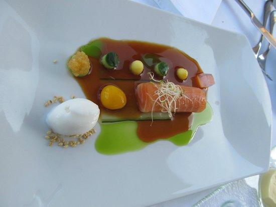 Kampa Park Restaurant : Delicious Salmon entree!