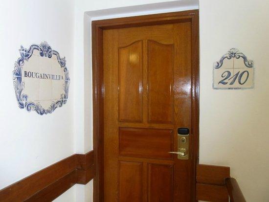 Pousada de Mong-Ha: 客室ドア