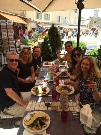 One Day in Provence - Day Tours : At the restaurant, One day in Provence private tours