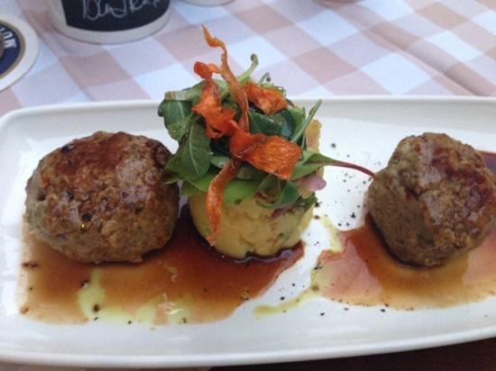 Zwickl - Gastlichkeit am Viktualienmarkt: beef meatballs