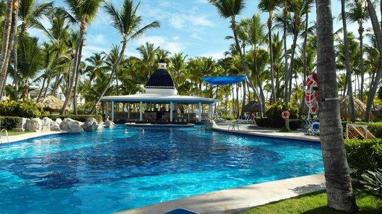 ClubHotel Riu Bambu : Zwembad met swimupbar