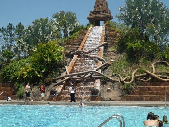 Disney's Coronado Springs Resort: swimming pool