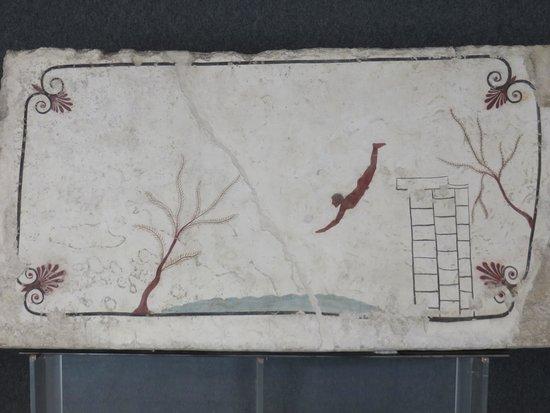 Museo Archeologico Nazionale di Paestum : Tomba tuffatore
