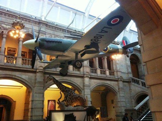 Kelvingrove Art Gallery and Museum: spitfire
