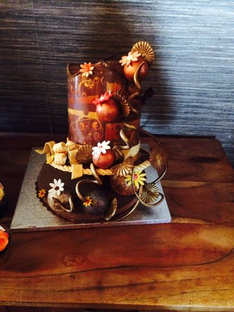 The Waterside Restaurant Bar & Terrace: Mad hatter chocolate hat...